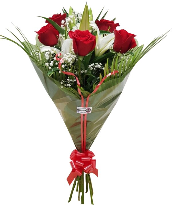 Rosas rojas y lilium oriental blanco