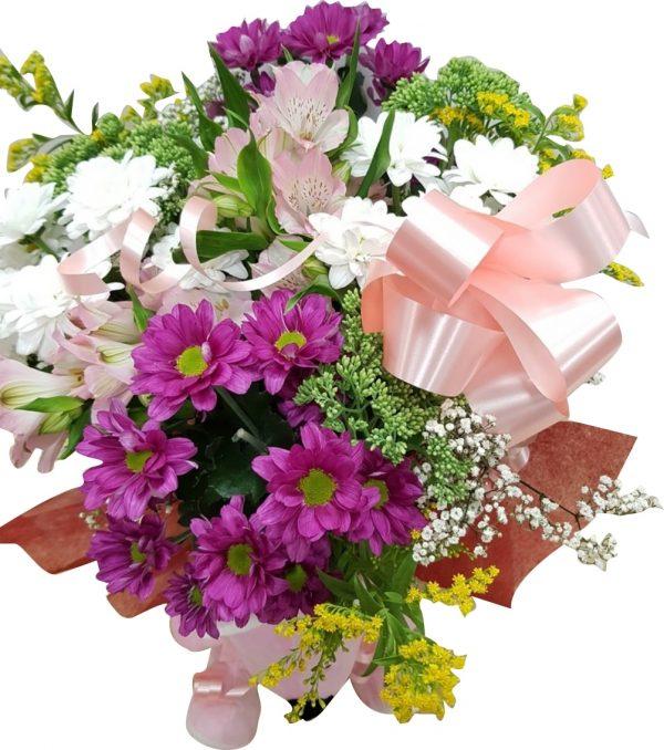 Flores nacimiento niña