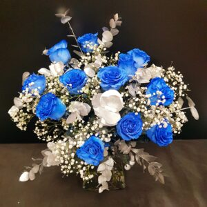 Doce rosas azules